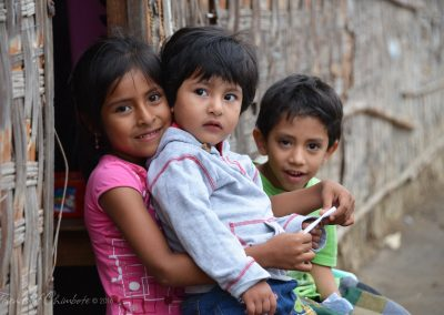 Children in Barrios_watermarked